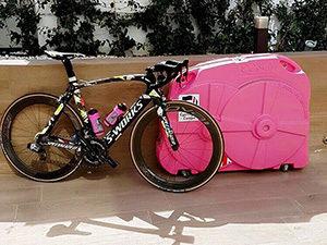 S-Works and pink Bonza Bike Box